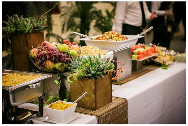 Modern Rustic Buffet credit Gloria Mesa Photography